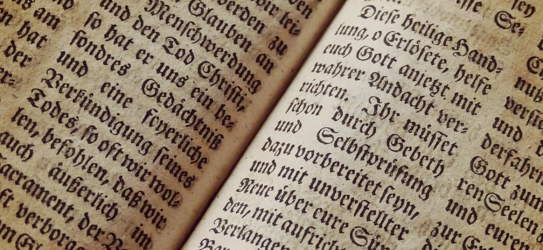 Open book written in German