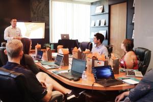 Thế nào là liên văn hóa doanh nghiệp?
