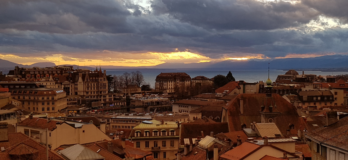 lausanne-sunset-clouds-cty