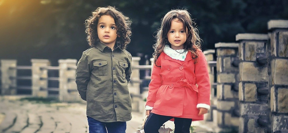small-children-brothers