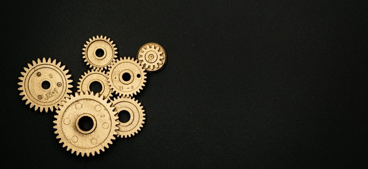 gears spinning