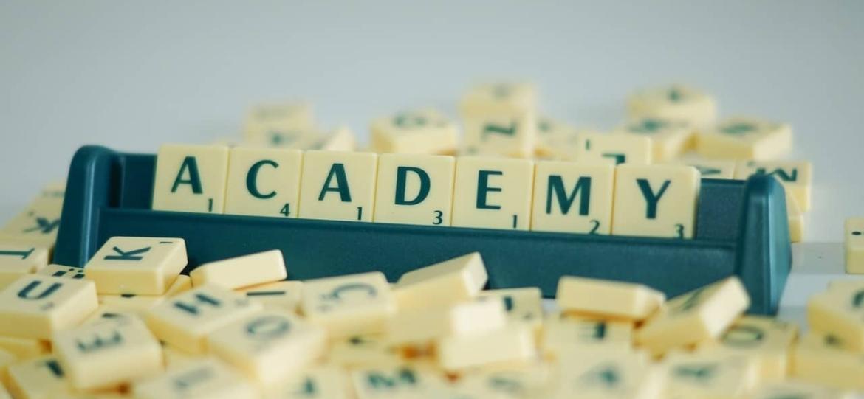 Preparate al CAE gracias a cursos intensivos.